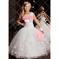 Пышное платье для девочки молочное с розовым