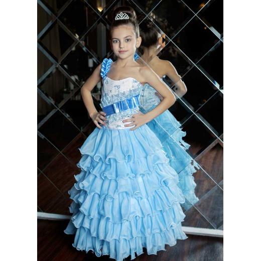 Длинное платье в пол для девочки голубое