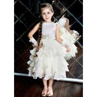 Пышное платье с рюшами для девочки молочное