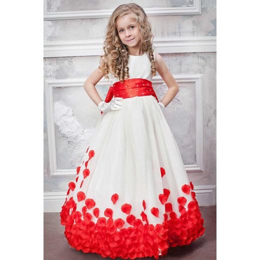 Красивое платье для девочки длинное молочное с красным