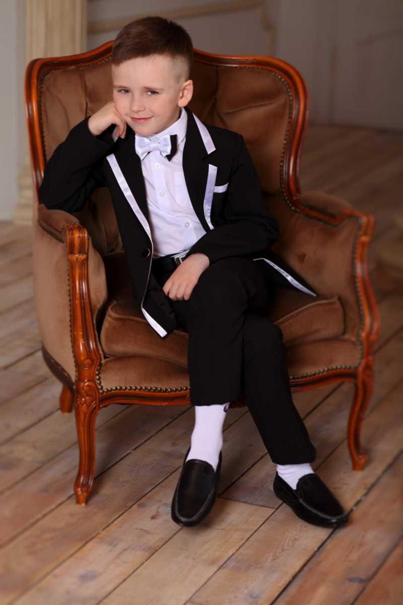 Модные костюмы для мальчиков