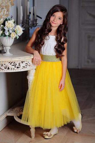 Платье из фатина для девочки